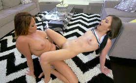 Sex Porno Lesby - Lucy Doll, Tory Lane, Zabawki Erotyczne